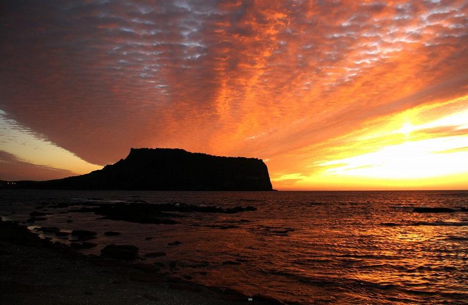 世界遺産に登録された火山「城山日出峰」